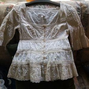 Long sleeve cotton blouse.